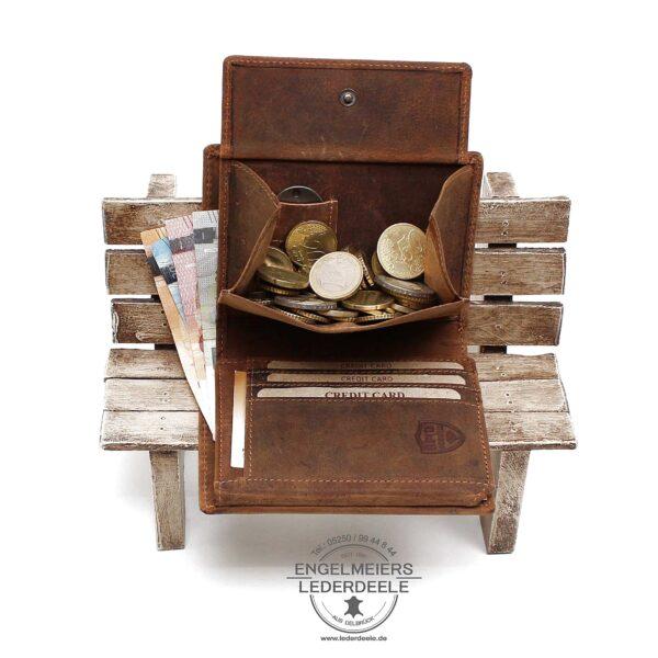 Portemonnaie V-Motor Hochformat cognac Jockey Club Produktansicht