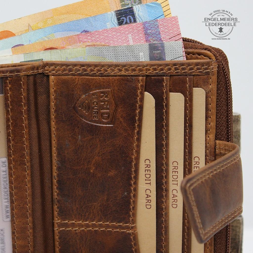 Damenbörse Schmetterling midi Jockey Club cognac Detailaufnahme