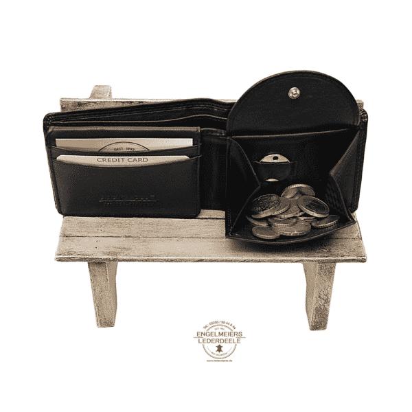 Basic Portemonnaie RFID midi Querformat Jockey Club schwarz Produktansicht